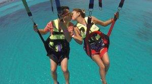 Parasailing cancun tour
