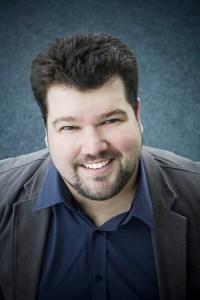 Eric Thériault, tenor - Headshot
