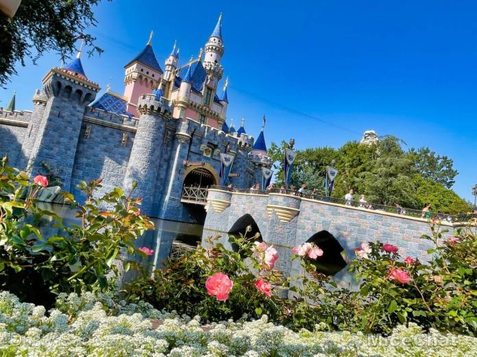 , The Sweep Spot Podcast # 317 Disneyland in 2001