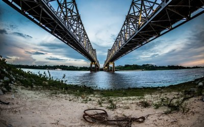 Spanning the Mississippi