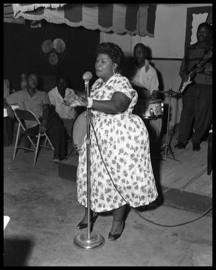 Photo by Neal Douglass Austin American Statesman. Oct. 7, 1957. Club unknown.