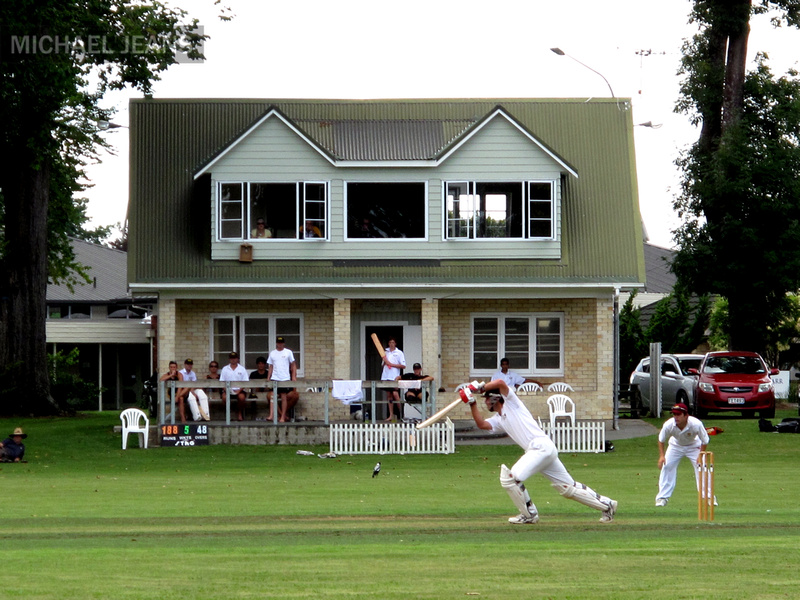 Cricket on Victoria Square, Cambridge, New Zealand
