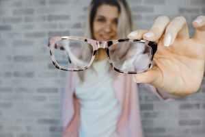 Eyeglasses
