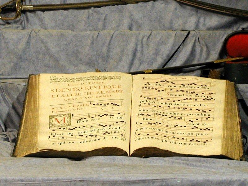 Choral Book Music Neumes - FNeumann / Pixabay