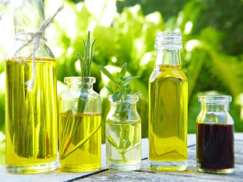 Glass Bottles Oil Natural Oils - silviarita / Pixabay