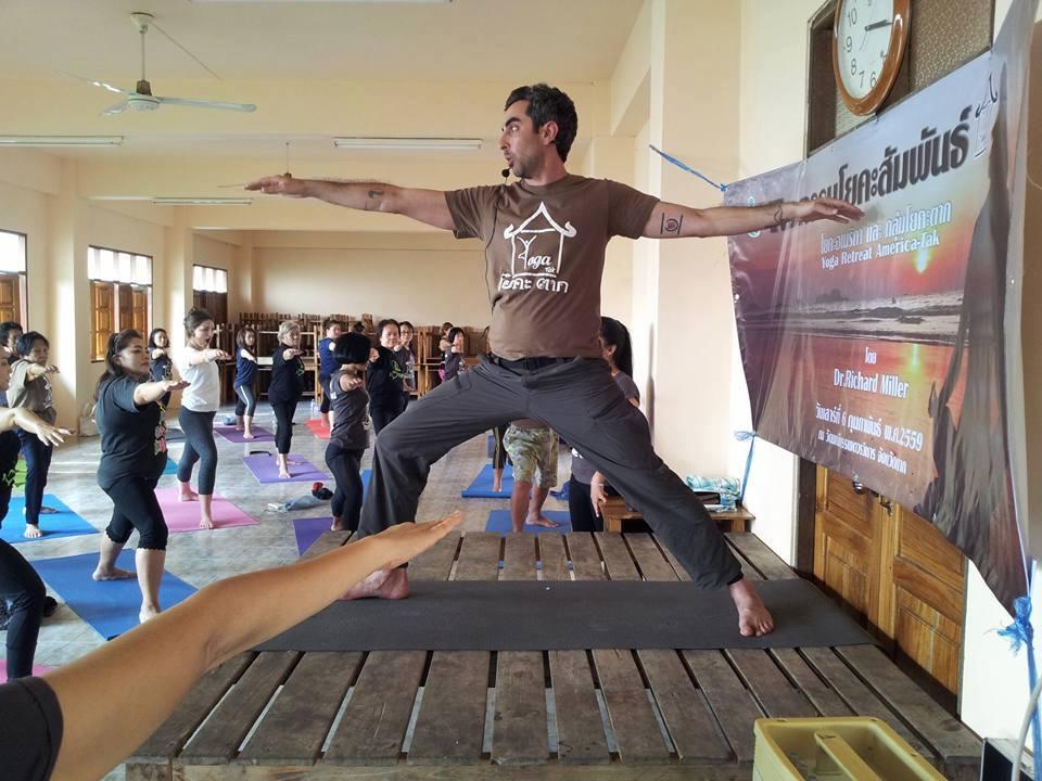 yoga-tak