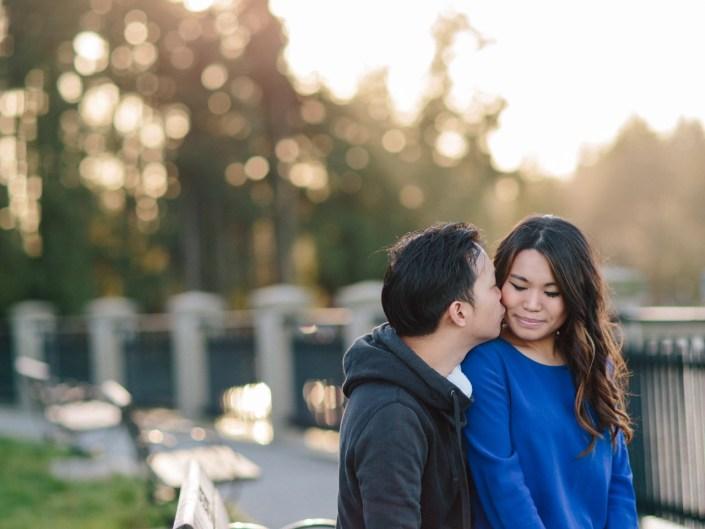 couple portraits stanley park vancouver 6