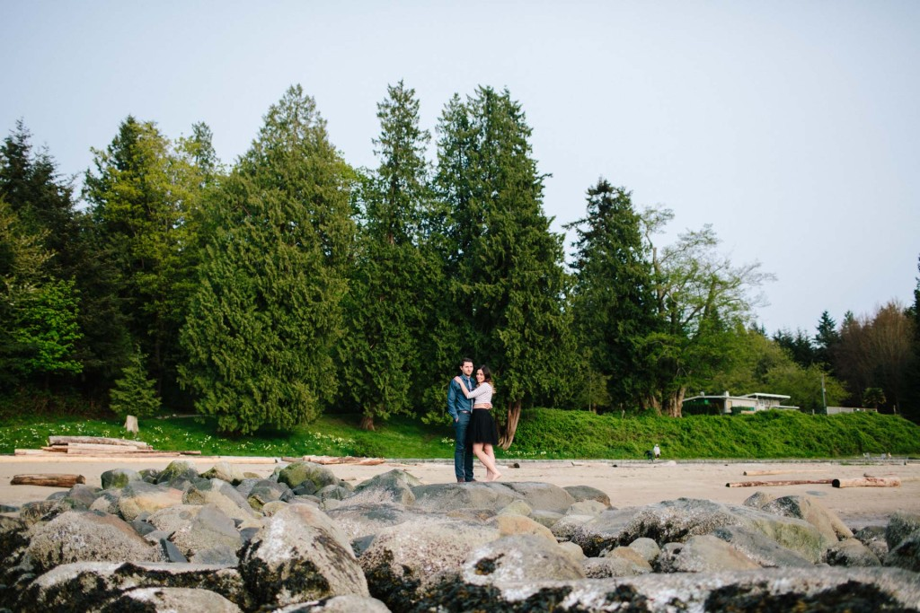 joel & caitlin's stanley park third beach engagement