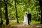 jesienna sesja ślubna, sesja ślubna jesienią, plener ślubny wśród liści, jesienne liście, zdjęcia ślubne jesienią, zdjęcia ślubne w październiku, sesja we wrześniu,