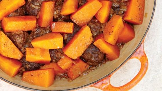 כל בית צריך סיר קציצות/ קציצות בשר עם לוביה ועגבניות/ קציצות בשר עם דלעת ובטטה/ קציצות עוף עם גזר, תפוח אדמה ולימון