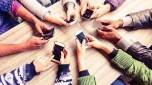 Como o uso excessivo do celular pode afetar sua vida negativamente
