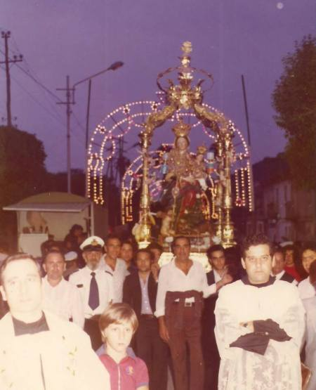 prima processione della Montagna di don Gildo....