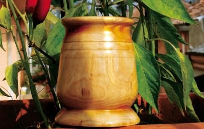 """Portapenne in legno di ulivo di """"A Tutto Tondo"""""""