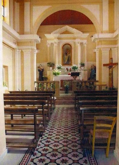 Interno della chiesa del Carmine a Galatro