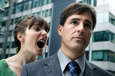 Come reagire alle critiche, provocazioni e offese