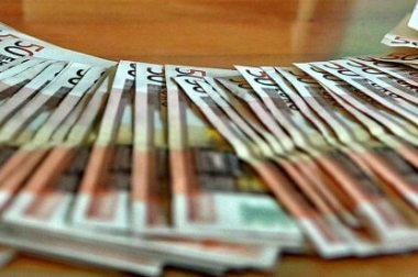 Monete complementari, dal Sardex al Tibex allo Scec ecco gli strumenti di scambio alternativi all'euro
