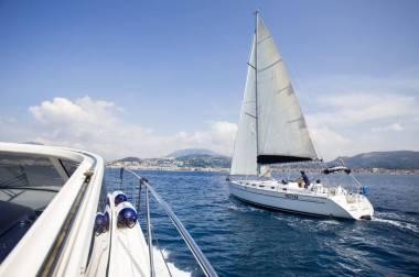 Salerno Sailing Charter – Noleggio barche a Vela e a Motore