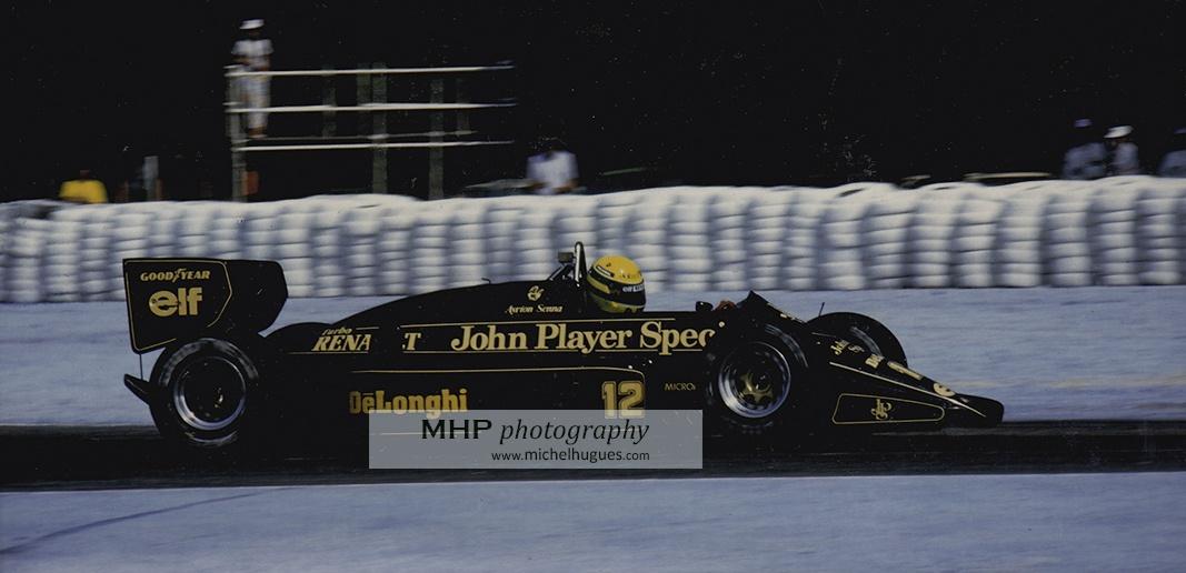 Ayrton Senna LOTUS 95 T Grand Prix de France 1985 - copyright Michel HUGUES - Michel HUGUES PHOTOGRAPHY - www.michelhugues.com