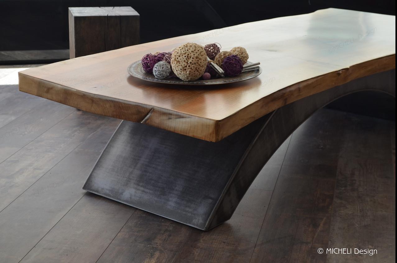 table basse plateau bois live edge sur