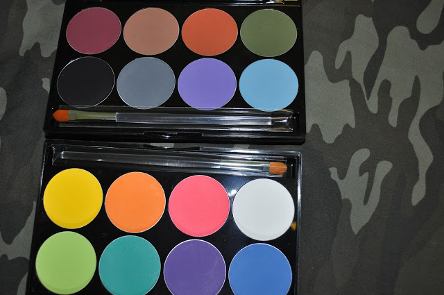 Swatched: Mehron INtense Pro Pressed Powder Pigment Palettes (Fire & Earth)