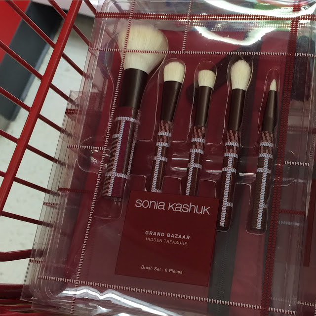 Red Plaid Makeup Brushes