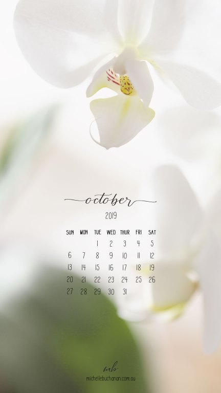 Free calendar download for you phone - use it as your wallpaper or lock screen