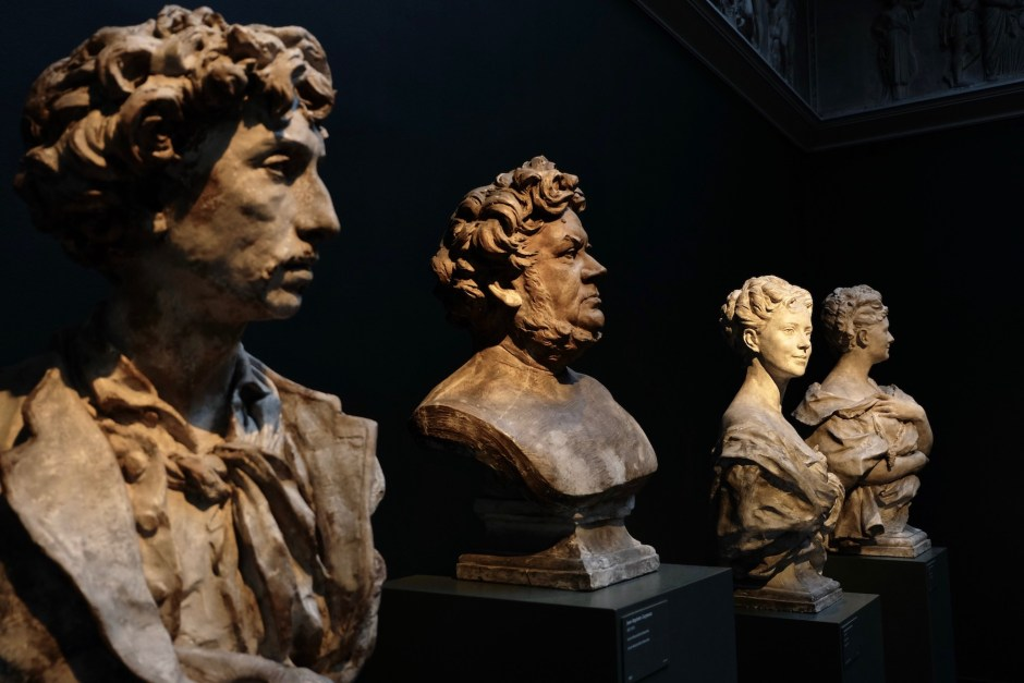 Head Statues Carlsberg Museum
