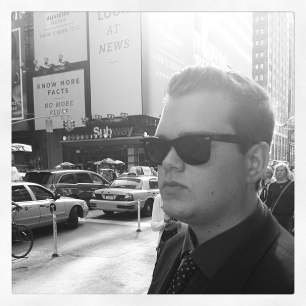 Tony in Times Square #gangster #mafia #jazzsinger #badass