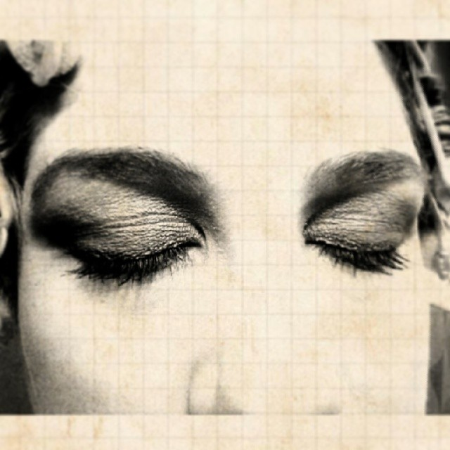 Eyeshadow #makeup #vintique #cool #beauty  #eyelashes #dramatic