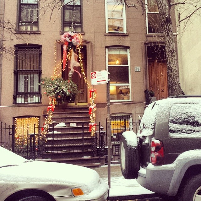 How do they leave their house ? #mystery #christmas #newyork
