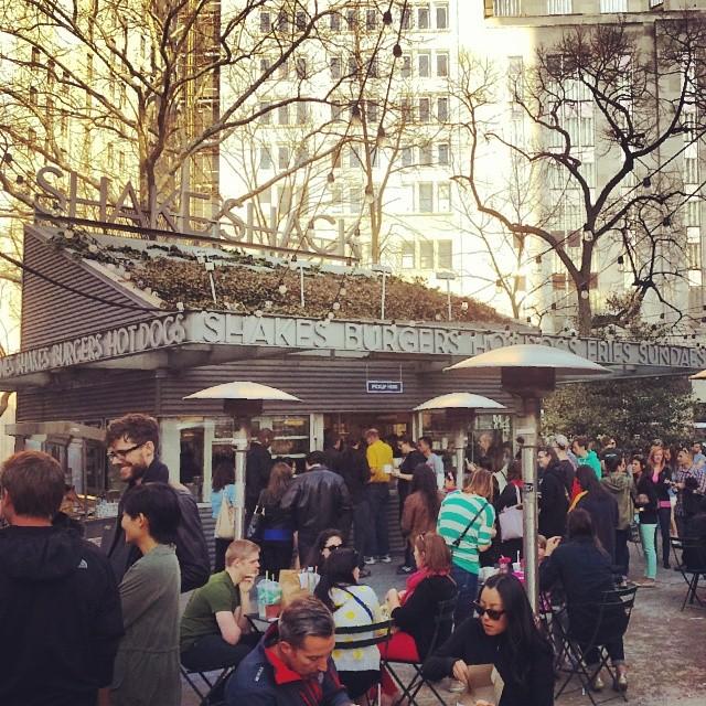 The Shack ! @shakeshack #madisonsquarepark #newyork #burgers #delicious
