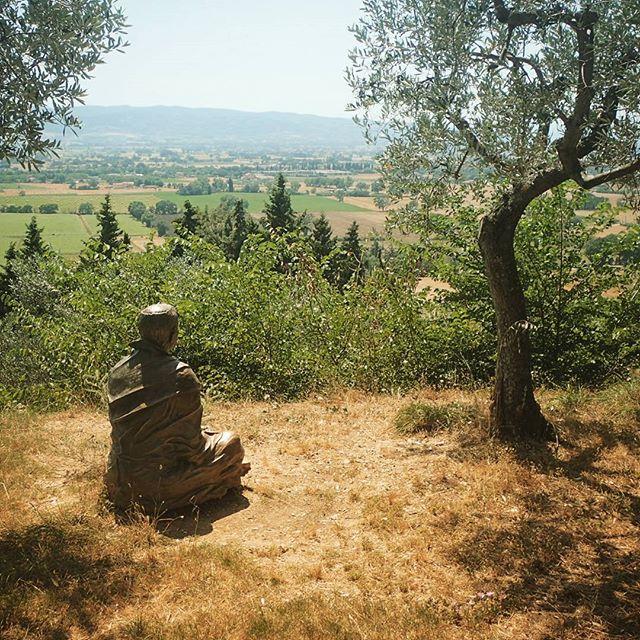 St. Francis Praying #stfrancisofassisi #umbria #italy #meditation