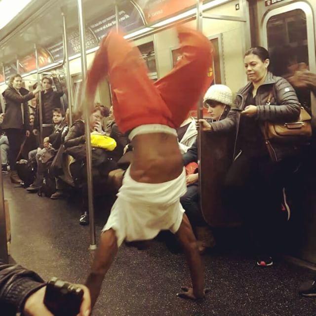 What Time Is It? #SHOWTIME !  #atrain #mta #acrobatics #yesitsamovingtrain #iloveny #amazing #crunking #urbandance