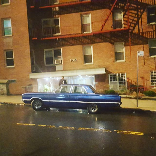 When @theamericansfx turns your block into #1980s #suburban #Maryland for the fifth time this year.  #madeinnyc #tvproduction #lightscameraaction #theamericans #theamericansfx #classiccars #wheredoiparkmycarnow #craftservices