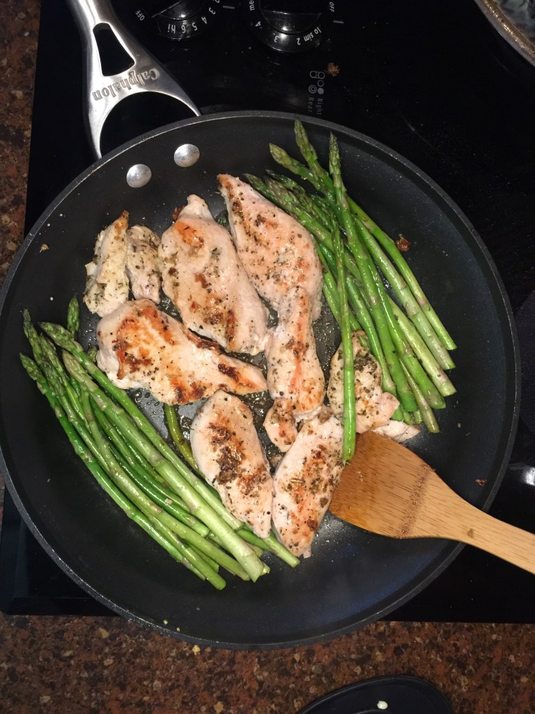 shift shop, beachbody, bod, home fitness, netflix, diet, weight loss, interval training, cardio, grilled asparagus