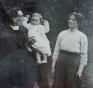 War zone with children, Grenada invasion, Biddy Chambers, Oswald Chambers, WWI, Navy wife, submarine r and r, Barbados, travel with children into a war zone