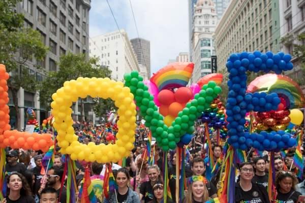 """Gruppo Giovani GLBTI*: """"La legge contro l'omotransfobia è un passo avanti, ma non basta"""""""