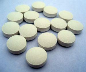 white-round-pills-755945-m-300x250