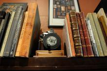 aak.BSIDE_.bookstore.10-2-12.0033