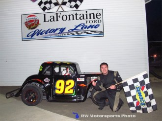 Tony Monge won the Legends Car feature Friday night May 1st, 2015 at Spartan Speedway. (RW Motorsports Photo)