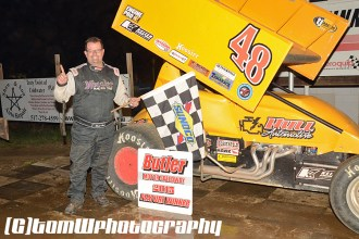 Scott Hull won the opening night sprint car feature on Saturday night May 2, 2015 at Butler Speedway. (Tom W Photography)