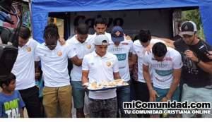 Costa Rica: Equipo de fútbol lleva esperanza a niños en riesgo social