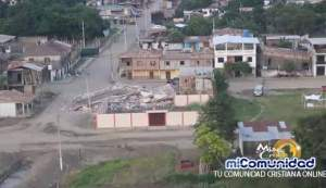 VIDEO: Ecuatorianos piden oraciones y ayuda tras el terremoto