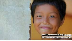 VIDEO: Cristianos dirigen movimiento que propone un mundo sin huérfanos
