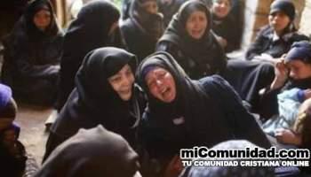 Miles de sirios y egipcios claman por biblias