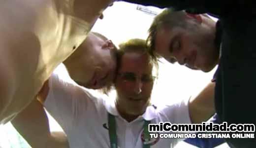 Atletas oran en vivo tras ganar medallas de plata en Juegos Olímpicos