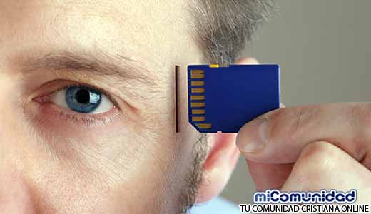 Marca de la Bestia: Director de Google asegura que los Humanos tendrán CHIPS Implantados en el Cerebro