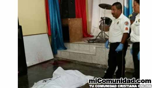 Pastor es asesinado cuando oraba dentro de la iglesia