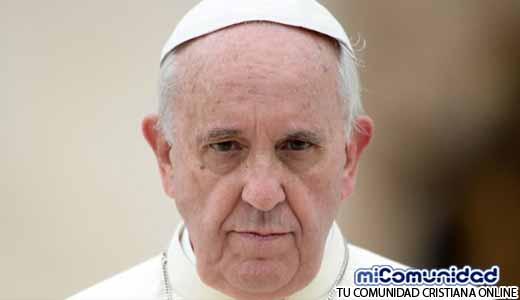 """El Papa Francisco Niega la Creación de Génesis: """"La teoría de la Evolución y el Big Bang son Verdad"""""""