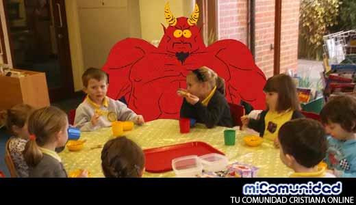 Derrota del Satanismo: Clubes para Niños del Templo Satánico Cierran sus Puertas